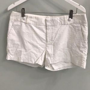 White shorts. Size 12. Banana Republic 100% cotton